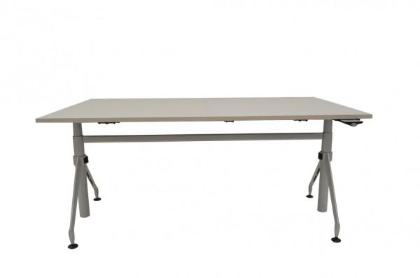 Schreibtisch, elektr. Höhenverstellbar, Farbe grau, Werndl, Steelcase